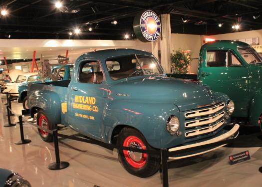 S 90 3 >> Studebaker National Museum 2012 pg 2