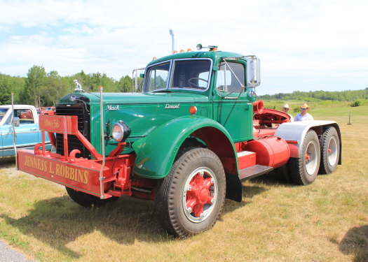 1950 To 1965 Mack Trucks : To mack trucks images reverse search