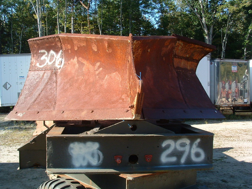 http://www.badgoat.net/Old Snow Plow Equipment/Plow Equipment/Snow Plow Manufacturers/Anderson Snow Plows/GW822H616-1.jpg