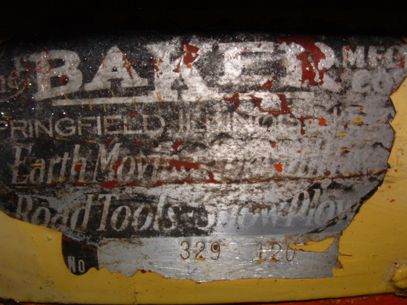 http://www.badgoat.net/Old Snow Plow Equipment/Plow Equipment/Snow Plow Manufacturers/Baker Snow Plows/GW839H630-3.jpg