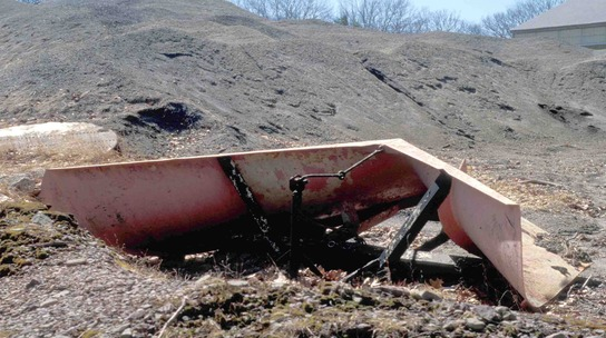 http://www.badgoat.net/Old Snow Plow Equipment/Plow Equipment/Snow Plow Manufacturers/Miscellaneous Vee Plows/GW544H304-2.jpg