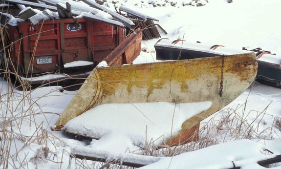 http://www.badgoat.net/Old Snow Plow Equipment/Plow Equipment/Snow Plow Manufacturers/Miscellaneous Vee Plows/GW549H330-1.jpg
