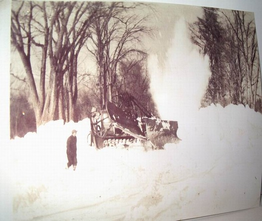 Town of Bethel Maines Cat 50 in 1945  They are blasting the Snow in background