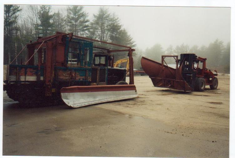 http://www.badgoat.net/Old Snow Plow Equipment/Plow Equipment/Snow Plow Manufacturers/Wausau Plow Equipment/GW751H505-6.jpg