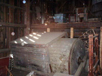 http://www.badgoat.net/Old Snow Plow Equipment/Plow Equipment/Snow Rollers/Snow Rollers/GW400H300-4.jpg