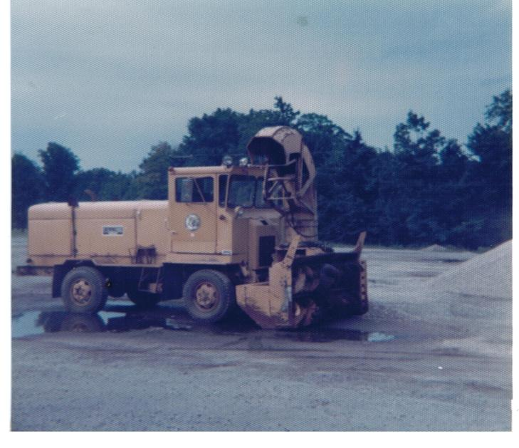 http://www.badgoat.net/Old Snow Plow Equipment/Truck Collections/Town of Springfield Trucks/Town of Springfield/GW729H629-11.jpg