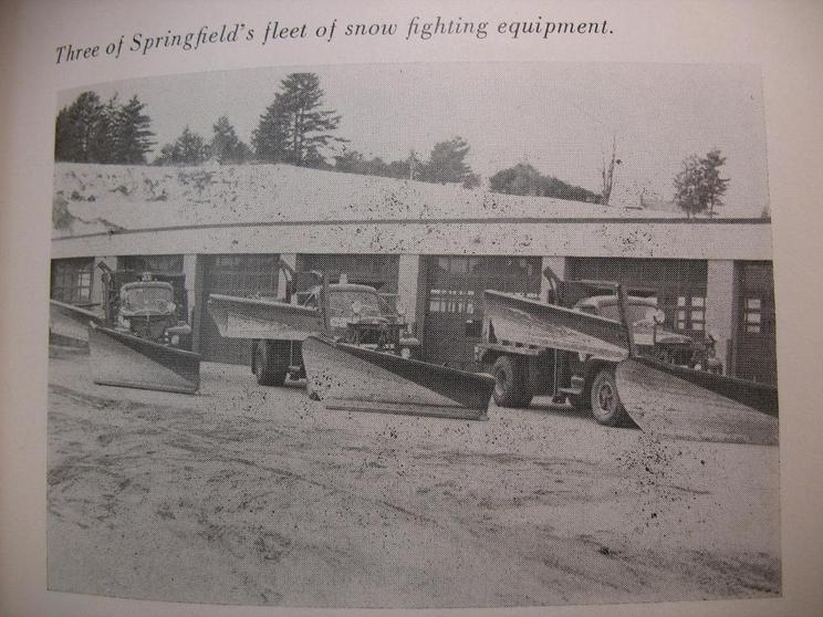 http://www.badgoat.net/Old Snow Plow Equipment/Truck Collections/Town of Springfield Trucks/Town of Springfield/GW744H558-19.jpg