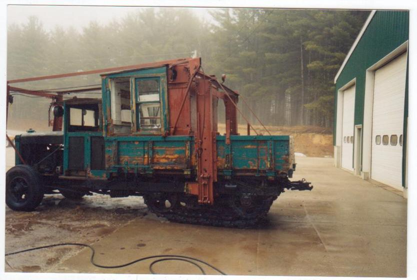 http://www.badgoat.net/Old Snow Plow Equipment/Trucks/Linn Tractor/Daryl Gushee's 1934 Snowplow Linn/GW834H561-19.jpg