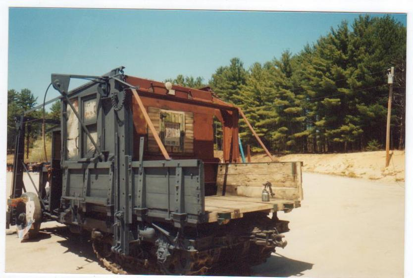 http://www.badgoat.net/Old Snow Plow Equipment/Trucks/Linn Tractor/Daryl Gushee's 1934 Snowplow Linn/GW834H561-21.jpg