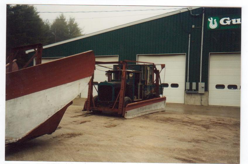 http://www.badgoat.net/Old Snow Plow Equipment/Trucks/Linn Tractor/Daryl Gushee's 1934 Snowplow Linn/GW848H561-18.jpg