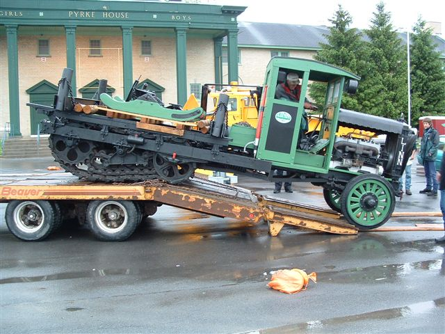 http://www.badgoat.net/Old Snow Plow Equipment/Trucks/Linn Tractor/Ernest Portner's Linn Logger/GW640H480-6.jpg