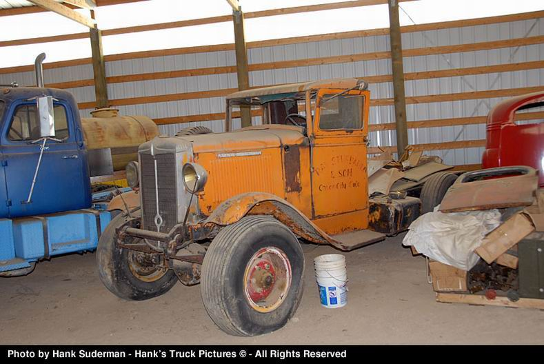 1937 Marmon truck with Marmon 4x4