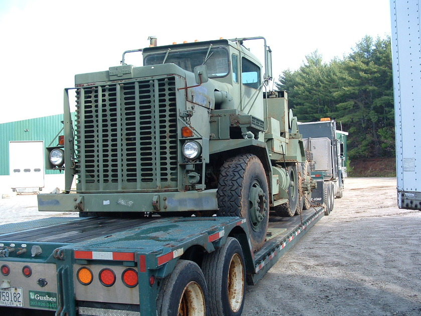 http://www.badgoat.net/Old Snow Plow Equipment/Trucks/Oshkosh Plow Trucks/Daryl Gushee's M-911/GW839H629-2.jpg
