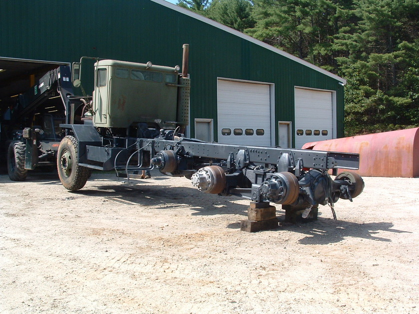 http://www.badgoat.net/Old Snow Plow Equipment/Trucks/Oshkosh Plow Trucks/Daryl Gushee's M-911/GW839H629-9.jpg