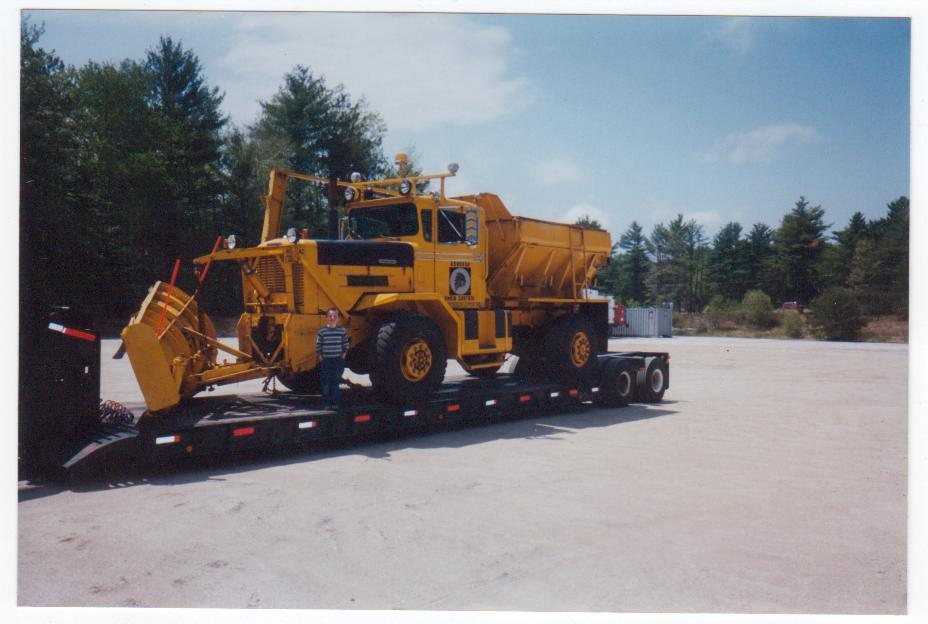 http://www.badgoat.net/Old Snow Plow Equipment/Trucks/Oshkosh Plow Trucks/Gushee's 1963 Oshkosh/GW928H624-1.jpg