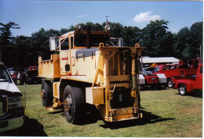 http://www.badgoat.net/Old Snow Plow Equipment/Trucks/Oshkosh Plow Trucks/Oshkosh Trucks/GW662H453-12.jpg