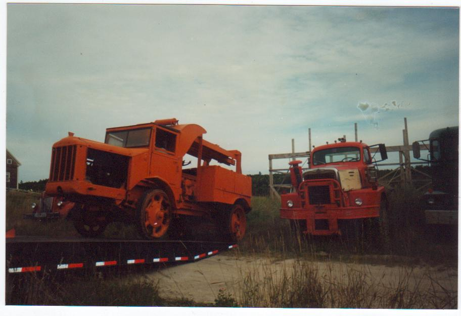 http://www.badgoat.net/Old Snow Plow Equipment/Trucks/Walter 100 Traction/Daryl Gushee's 1924 Walter Model/GW912H624-2.jpg